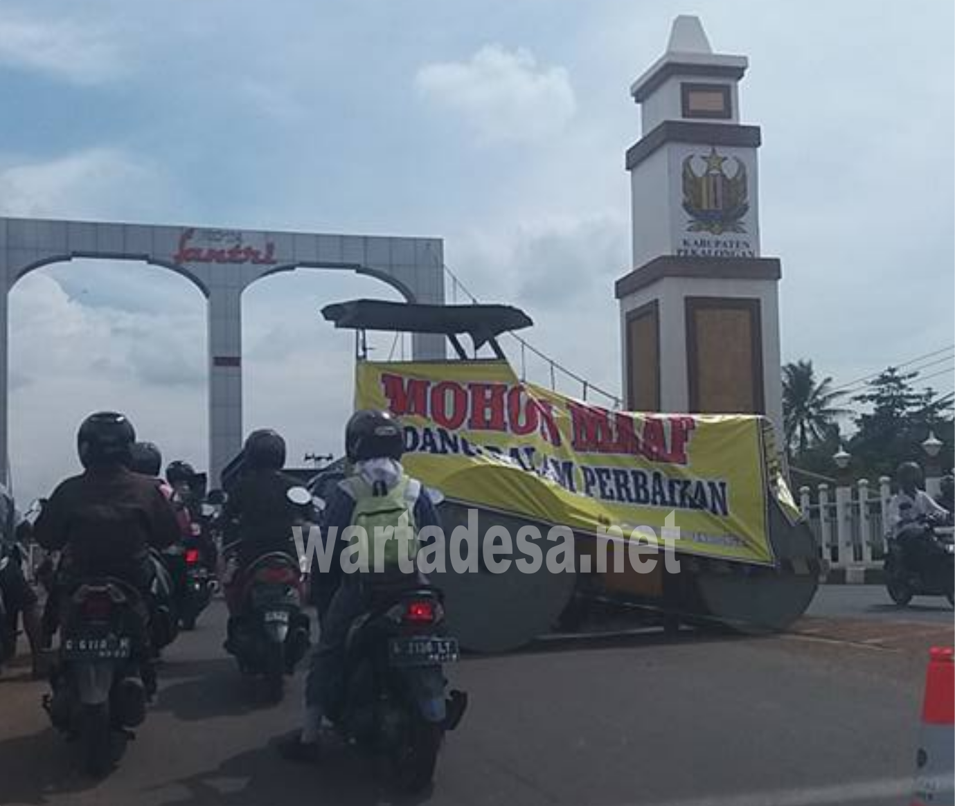 jembatan surobayan ditutup