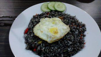 nasi beras hitam