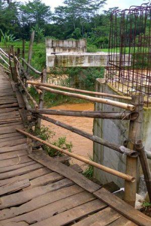 Jembatan-Kali-Kupang