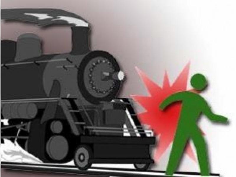 ilustrasi tertabrak kereta