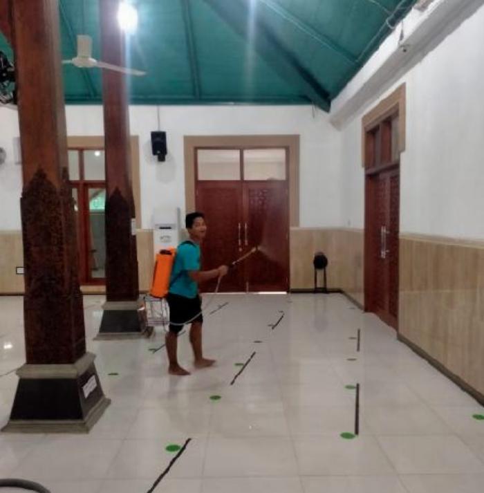 masjid agung Darul Muttaqien Batang
